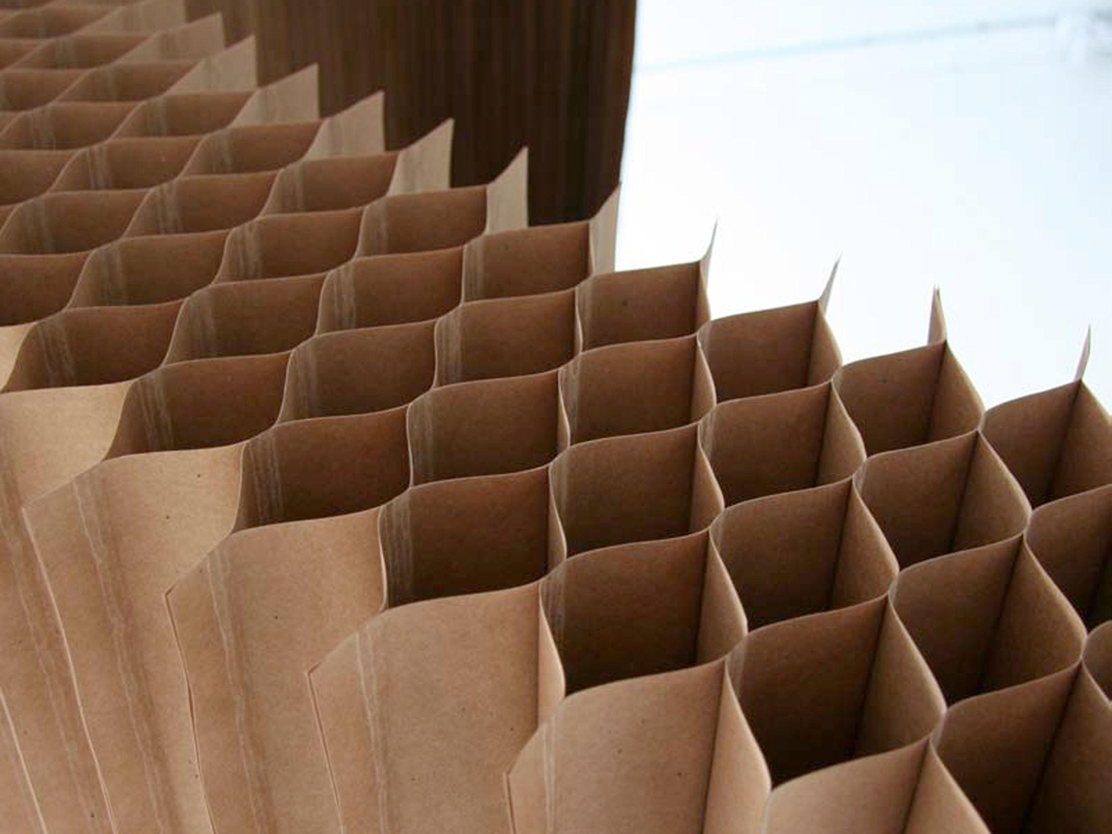 Thematische öffentliche Führung: Mit Papier in die dritte Dimension