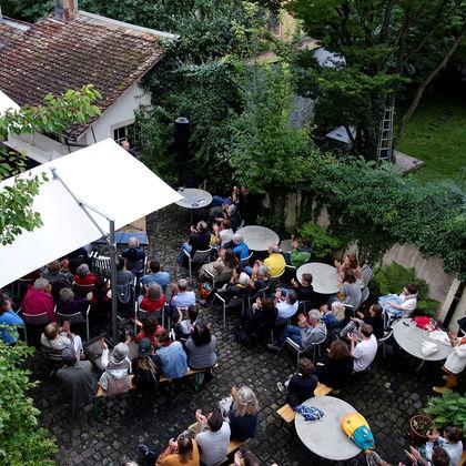 lauschig – wOrte im Freien mit Stefanie Grob