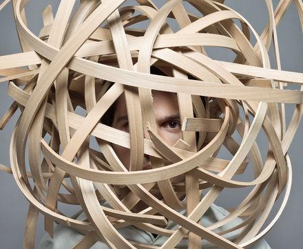 Logo wood loop – auf biegen und brechen