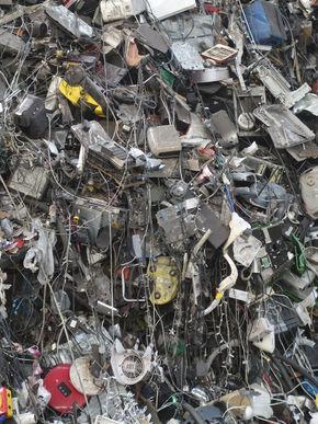 Logo Ausstellung Times of Waste − Was übrig bleibt